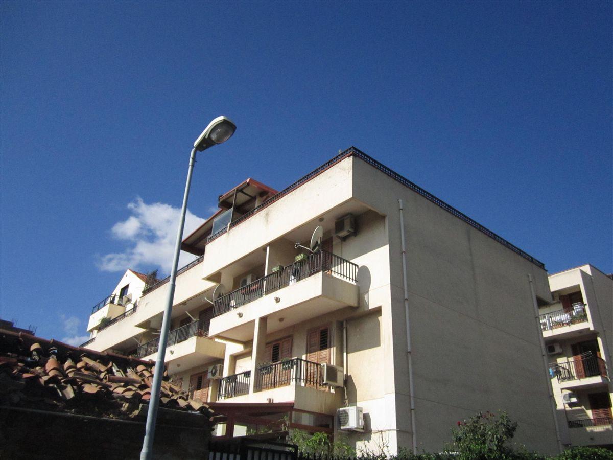 Via N. Casazza