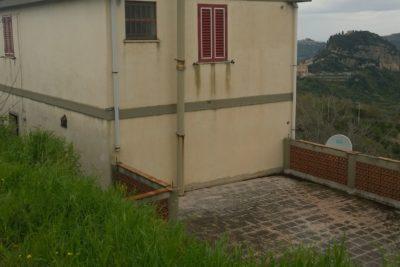 Privato: Monforte San Giorgio