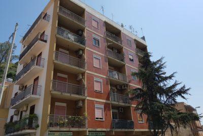 Via P. Castelli